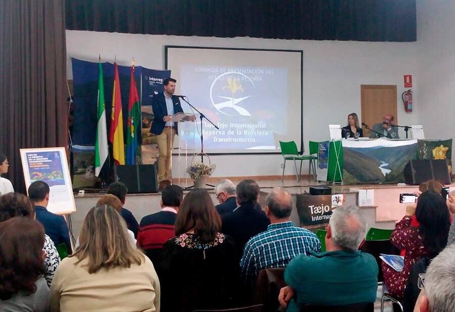 Inauguracion Zarza la Mayor