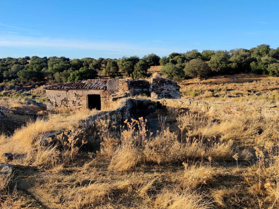 Paseo a los molinos de cabra reserva de la biosfera tajo internacional